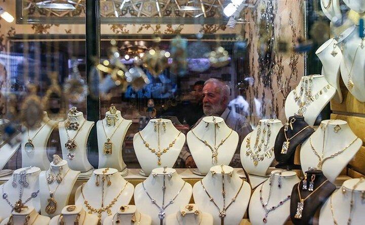 تب طلایی بالا گرفت؛ «ارز» بازیگردان بازار