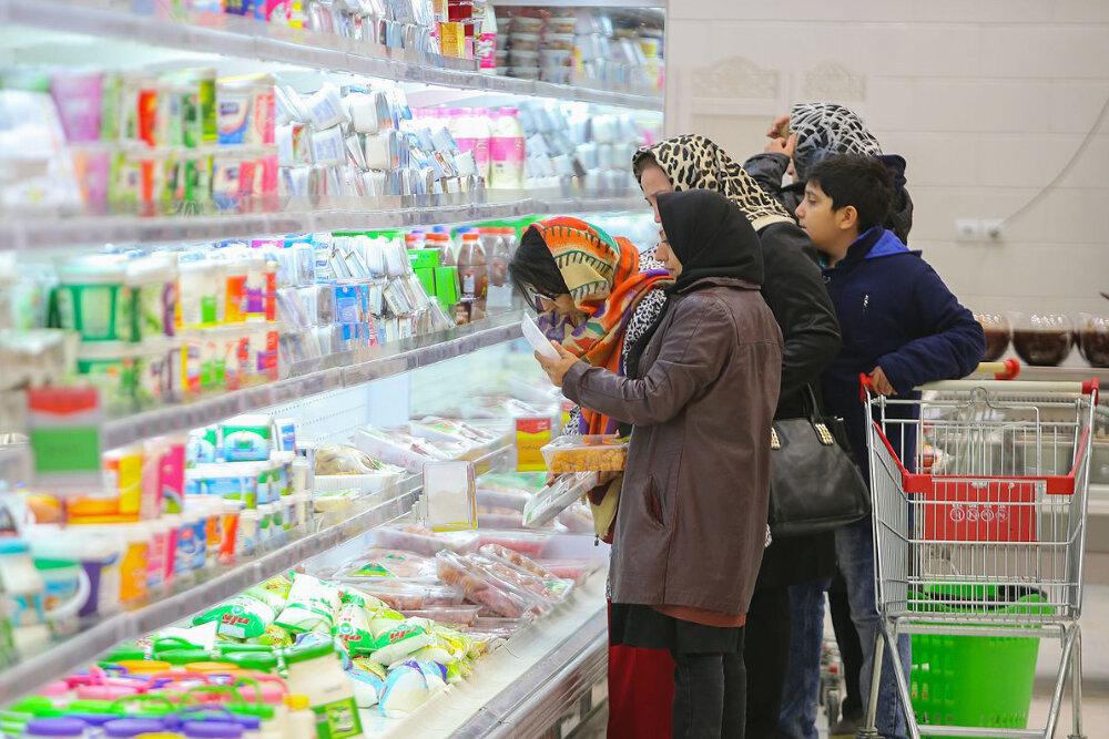 ایران در محاصره مثلث تورم/ دولت کسری بودجه را تامین نکند، نرخ ارز بالاتر هم می رود