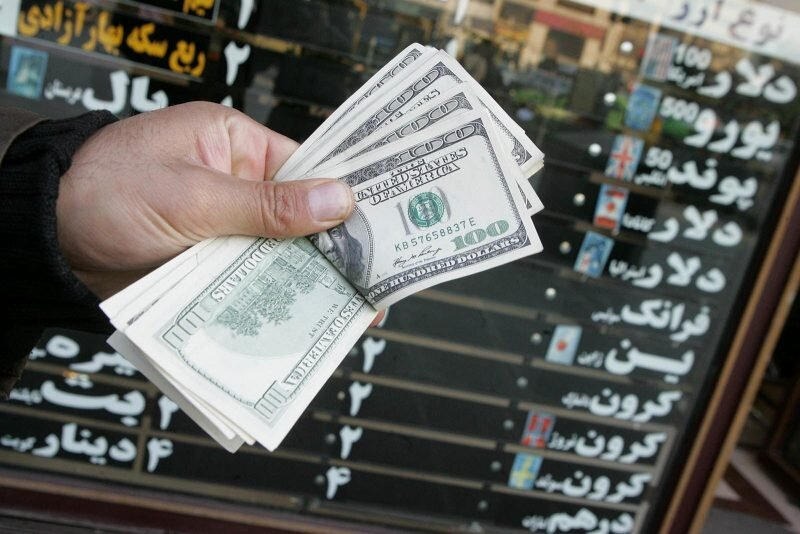 روزهای پرالتهاب داد و ستدهای ارزی/ توجه به تولید تنها راه حفظ ارزش پول ملی
