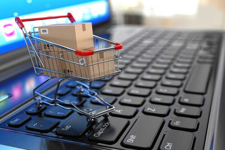 تجارت الکترونیک در قم توسعه مییابد/ ایجاد فروشگاههای عرضه کالای ایرانی