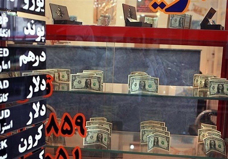 توافق ۸ بندی صرافان با بانک مرکزی برای ثبات بازار ارز