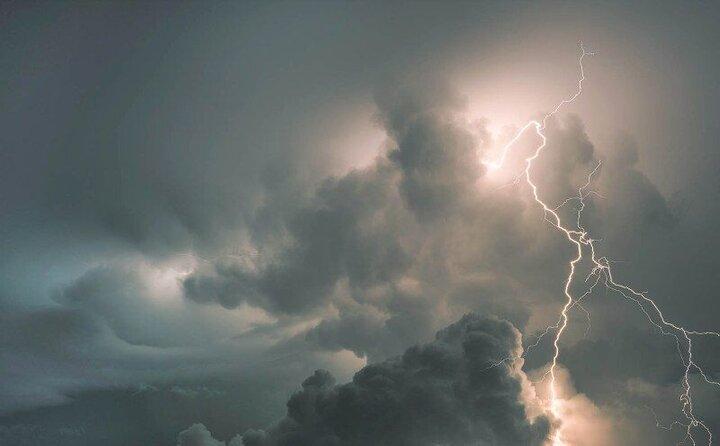 احتمال وقوع رگبار و رعد و برق در نیمه شمالی کشور