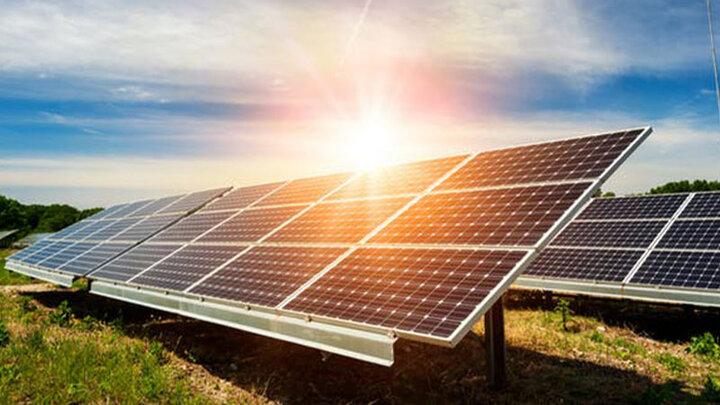 نیروگاه خورشیدی شهرک صنعتی شهید سلیمی تبریز به بهرهبرداری رسید