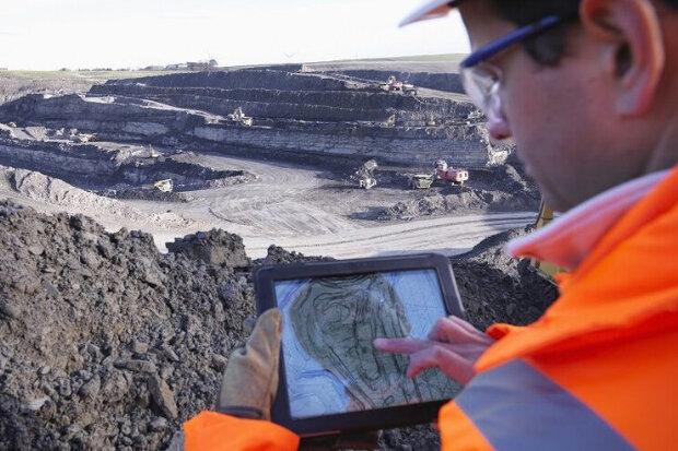 دست معدنکاران خراسان رضوی زیر سنگ مشکلات؛ معادن راکد به چرخه تولید بازمیگردد