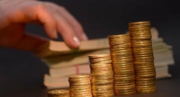 احتمال  طلای ۲۳۰۰ دلاری  در دی ماه امسال با ادامه وضع موجود