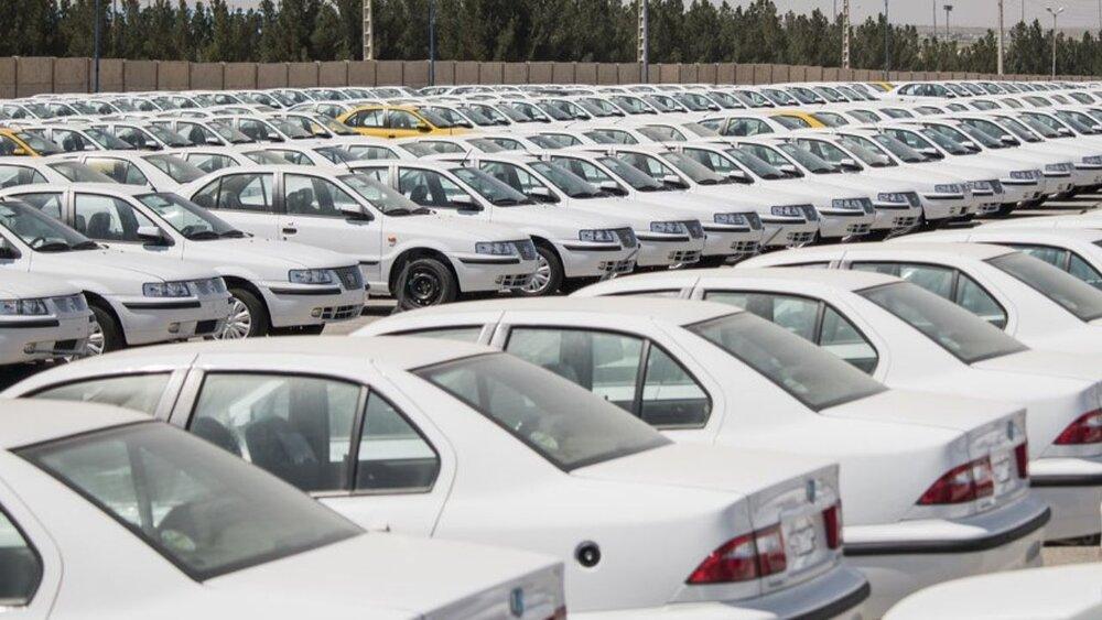 مجوز عبور خودروسازان از روی رضایت مردم را لغو کنید!