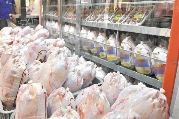 توزیع روزانه ۵ تا ۷ تن مرغ منجمد در سطح شهر بندرعباس