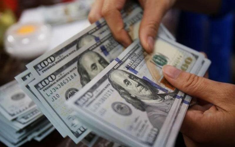 معادل یک چهارم  ارزهای خانگی  در 4 ماه وارد بورس شد/ سهم هر ایرانی از ارزهای خانگی ۲۵۰ دلار