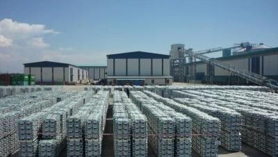 افت تقاضا در چین و هند باعث افت قیمت فولاد دنیا شد