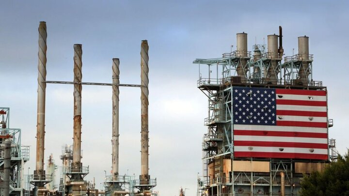 کاهش روزانه ۲ میلیون بشکهای تولید نفت آمریکا در مه ۲۰۲۰