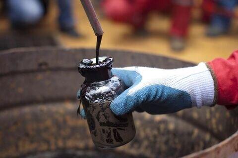 تولیدات نفت روسیه به ۹.۳۷ میلیون بشکه در روز افزایش یافت