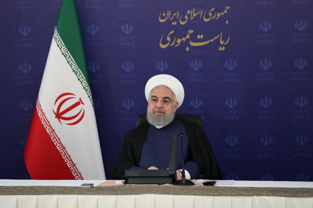 روحانی: شرکتهای دولتی باید کنار بروند