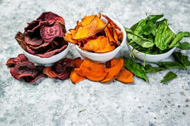 چیپس سبزیجات؛ بازاری پایدار و رو به رشد/ افزایش تقاضا برای تنقلات بدون گلوتن