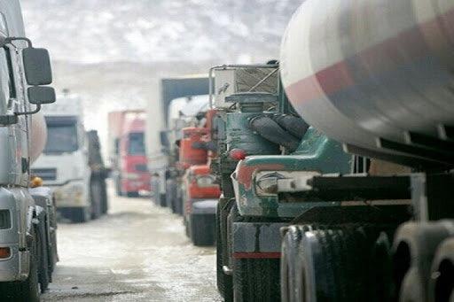 ۲هزار خودروی ترانزیتی پشت مرز دوغارون صف کشیدند؛ یک باسکول و چهل قلندر