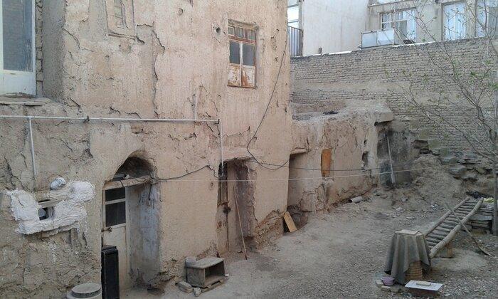 زمین و خانه کلنگی در تهران چقدر گران شد؟