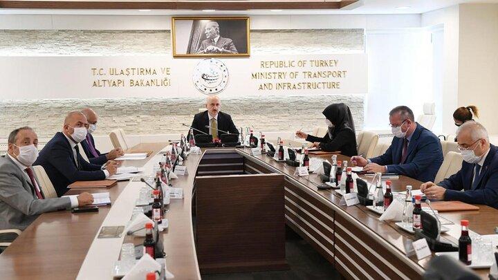 اتخاذ تصمیماتی برای تداوم تجارت بین ایران و ترکیه