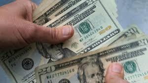 تلاش رسانه ای امریکا برای بقاء دلار در مراودات تجاری