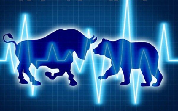 اصلاح بورس با اطمینان دستوری است/  حتی برخی بانکها از بازار خارج شده اند