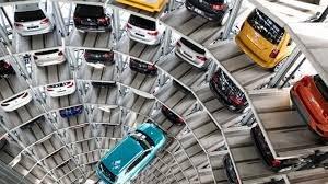 خودروسازان بزرگ دنیا مشتری ندارند! / کرونا  فروش بنز را ۱۷ درصد کم کرد