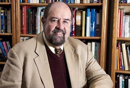 استاد دانشگاه مینه سوتا آمریکا تحلیل می کند؛ تفاوتها و شباهتهای بایدن و ترامپ
